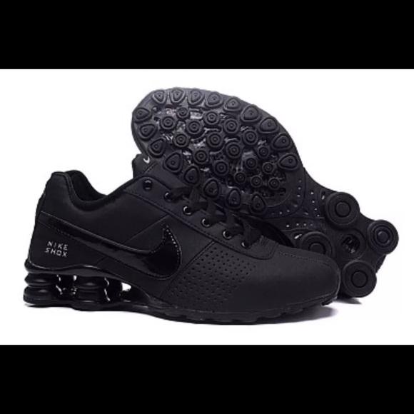 huge discount 690d1 448e4 Men's / Women's Black Nike Shox Running Shoes NWT